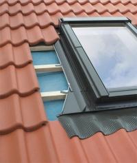 Fakro EHN-A lemování střešního okna s betonovou krytinou